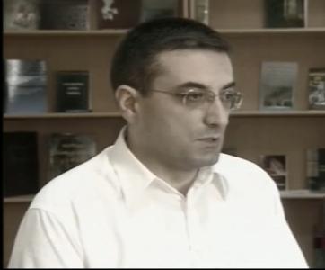 გიორგი კვერენჩხილაძე – ქართული კონსტიტუციონალიზმის ნოვაციები: პრეზიდენტისა და მთავრობის კონსტიტუციური კონსტრუქცია და მიმართების თავისებურებები 2010 წლის საკონსტიტუციო რეფორმის ჭრილში